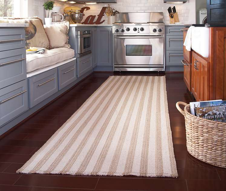 25+ Stunning Picture for Choosing the Perfect Kitchen Rugs