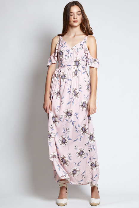 Blumiges Maxikleid-Outfit mit kalter Schulter